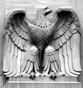 Eagle-Statue-285x300