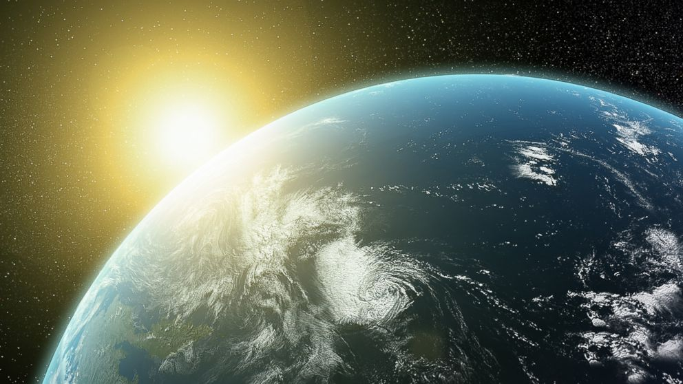 Quarter of Americans Convinced Sun Revolves Around Earth ...