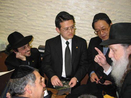 chabad-tokyo-japan-visit-770