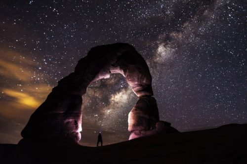 MilkyWay_Man_1920x1200_crop
