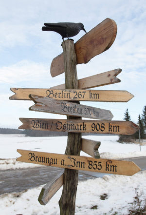 Signpost in Jamel