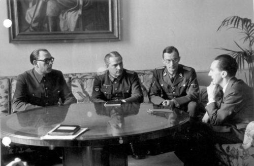 Vlasov and Gen. Shilenkov (center) meeting Joseph Goebbels (February 1945)