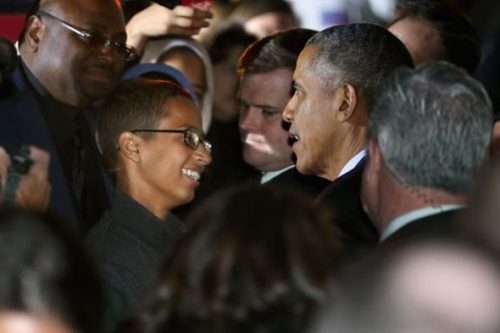 493368252-president-barack-obama-talks-with-14-year-old-ahmed.jpg.CROP.promovar-mediumlarge