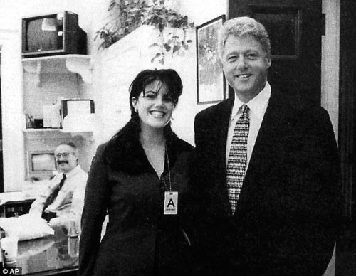 1413059553509_wps_20_Monica_Lewinsky_with_form