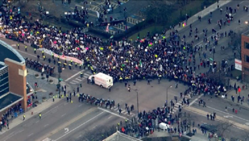 Illinois rally shut down